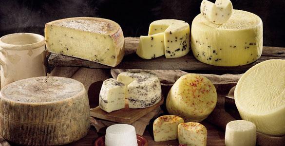 Vendita online formaggi tipici siciliani, pecorino, primo sale, provola, piacentino ennese, vastedda. caciocavallo